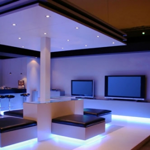expensive_living_room